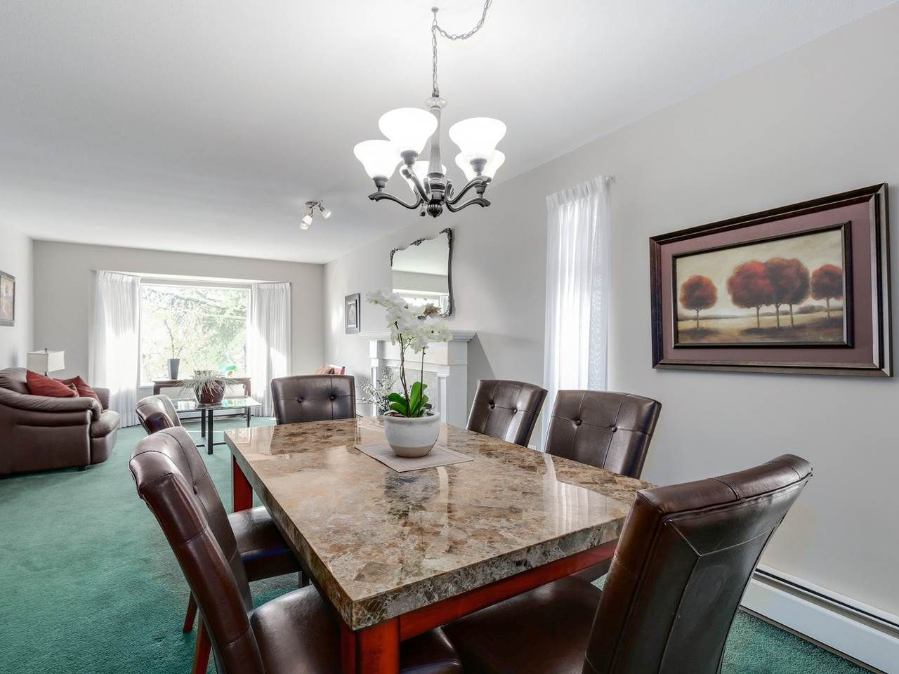 """Photo 9: Photos: 2559 BLUEBELL Avenue in Coquitlam: Summitt View House for sale in """"SUMMITT VIEW"""" : MLS®# R2064204"""