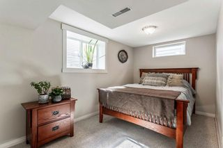 Photo 25: 21 WHITE OAK Crescent SW in Calgary: Wildwood Detached for sale : MLS®# A1026011