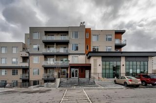 Photo 2: 104 30 Shawnee Common SW in Calgary: Shawnee Slopes Apartment for sale : MLS®# A1099308