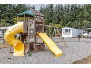 """Photo 28: 19 41639 LOUGHEED Highway in Mission: Dewdney Deroche Manufactured Home for sale in """"Evergreen Estates Mobile Home Park"""" : MLS®# R2611805"""