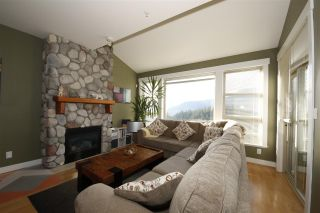 "Photo 7: 11 1026 GLACIER VIEW Drive in Squamish: Garibaldi Highlands Townhouse for sale in ""Seasons View"" : MLS®# R2326220"