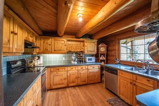 Photo 4: 8720 HORLINGS Road in Smithers: Smithers - Rural House for sale (Smithers And Area (Zone 54))  : MLS®# R2599799