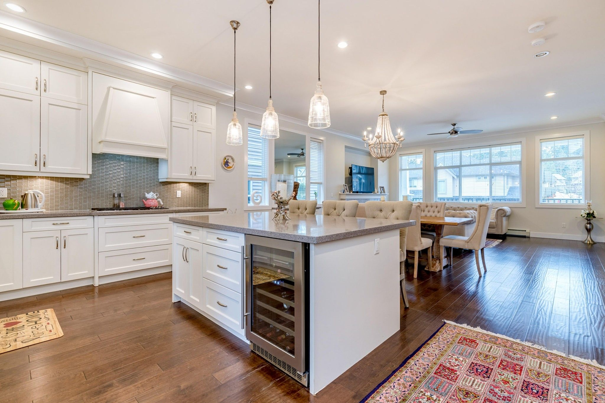Photo 9: Photos: 1303 Hollybrook Street in Coquitlam: Burke Mountain House for sale : MLS®# R2423196