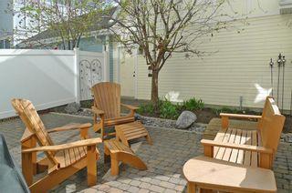Photo 3: 4026 GARRISON Boulevard SW in Calgary: Garrison Woods Row/Townhouse for sale : MLS®# C4242929