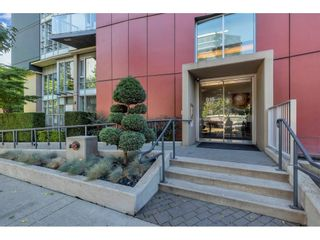 Photo 3: 2006 918 COOPERAGE WAY in Vancouver: Yaletown Condo for sale (Vancouver West)  : MLS®# R2607000