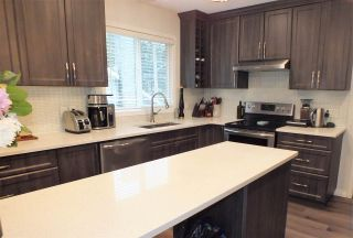 Photo 9: 21474 RICHMOND Drive in Hope: Hope Kawkawa Lake House for sale : MLS®# R2546791
