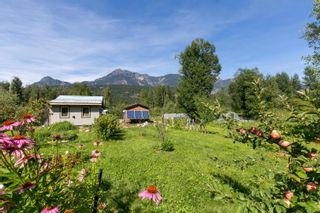 Photo 13: 2162 HIGHWAY 99 in Pemberton: Mount Currie House for sale : MLS®# R2614470