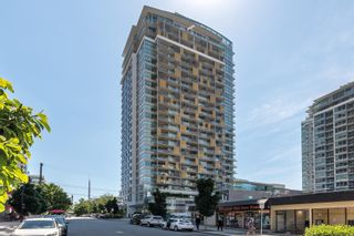 """Photo 2: 1809 125 E 14TH Street in North Vancouver: Central Lonsdale Condo for sale in """"Centerview"""" : MLS®# R2594384"""