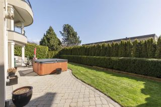 """Photo 32: 14342 SUNSET Drive: White Rock House for sale in """"White Rock Beach"""" (South Surrey White Rock)  : MLS®# R2560291"""