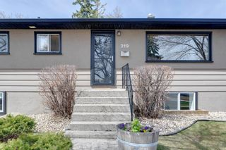 Photo 3: 219 Hendon Drive NW in Calgary: Highwood Detached for sale : MLS®# A1102936