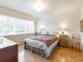 """Photo 17: 4015 W 28TH Avenue in Vancouver: Dunbar House for sale in """"DUNBAR"""" (Vancouver West)  : MLS®# R2571774"""