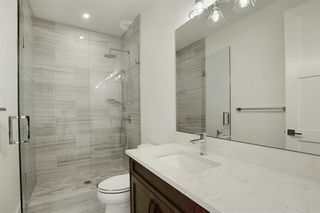 Photo 32: 5867 Bow Crescent NW in Calgary: Bowness Detached for sale : MLS®# A1100214