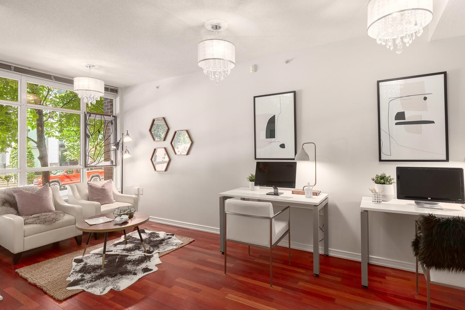 """Main Photo: 883 HELMCKEN Street in Vancouver: Downtown VW Townhouse for sale in """"The Canadian"""" (Vancouver West)  : MLS®# R2594819"""