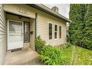 """Photo 3: 2391 WAKEFIELD Drive in Langley: Willoughby Heights House for sale in """"LANGLEY MEADOWS"""" : MLS®# R2577041"""