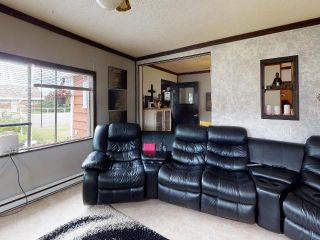 Photo 9: 219 LEBOURDAIS Avenue: Clinton House for sale (North West)  : MLS®# 157383
