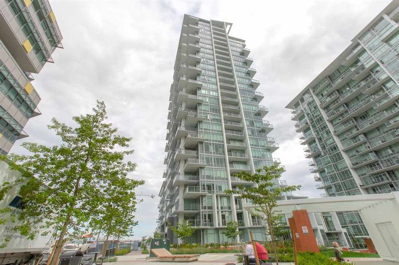 FEATURED LISTING: 1401 - 258 NELSON'S Court New Westminster