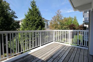 """Photo 10: 209 20750 DUNCAN Way in Langley: Langley City Condo for sale in """"Fairfield Lane"""" : MLS®# R2401176"""