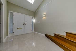 Photo 3: 5831 LAURELWOOD COURT in Richmond: Granville House for sale : MLS®# R2367628