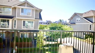 "Photo 11: 11 19752 55A Avenue in Langley: Langley City Townhouse for sale in ""Marquee"" : MLS®# R2492739"