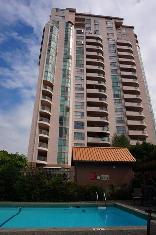 Photo 1: # 1901 612 FIFTH AVE. in New Westminster: Uptown NW Condo for sale : MLS®# V1081231
