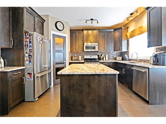 Photo 14: Photos: 186 THORNLEIGH Close SE: Airdrie House for sale : MLS®# C4054671