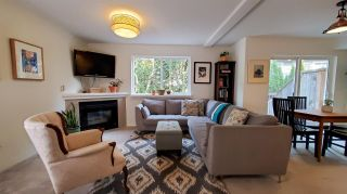 """Photo 5: 11 39754 GOVERNMENT Road in Squamish: Northyards Townhouse for sale in """"Maple Tree Court"""" : MLS®# R2562996"""
