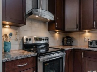 Photo 10: 1414 Paton Crescent in Saskatoon: Willowgrove Residential for sale : MLS®# SK859637