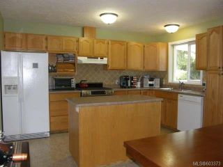 Photo 3: 1542 SITKA Avenue in COURTENAY: Z2 Courtenay East House for sale (Zone 2 - Comox Valley)  : MLS®# 603373