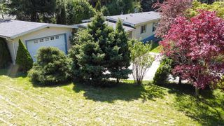Photo 3: 1606 YMCA Road in Langdale: Gibsons & Area Manufactured Home for sale (Sunshine Coast)  : MLS®# R2574027