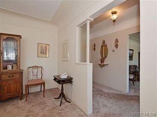 Photo 7:  in VICTORIA: OB Henderson House for sale (Oak Bay)  : MLS®# 606914