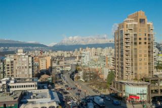"""Photo 4: 1101 1633 W 10TH Avenue in Vancouver: Fairview VW Condo for sale in """"HENNESSY HOUSE"""" (Vancouver West)  : MLS®# R2132652"""