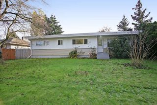 Photo 1: 9298 CARLETON Street in Chilliwack: Chilliwack E Young-Yale House for sale : MLS®# R2322358