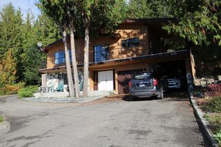 Photo 1: 7655 Squilax Anglemont Road in Anglemont: North Shuswap House for sale (Shuswap)  : MLS®# 10125296