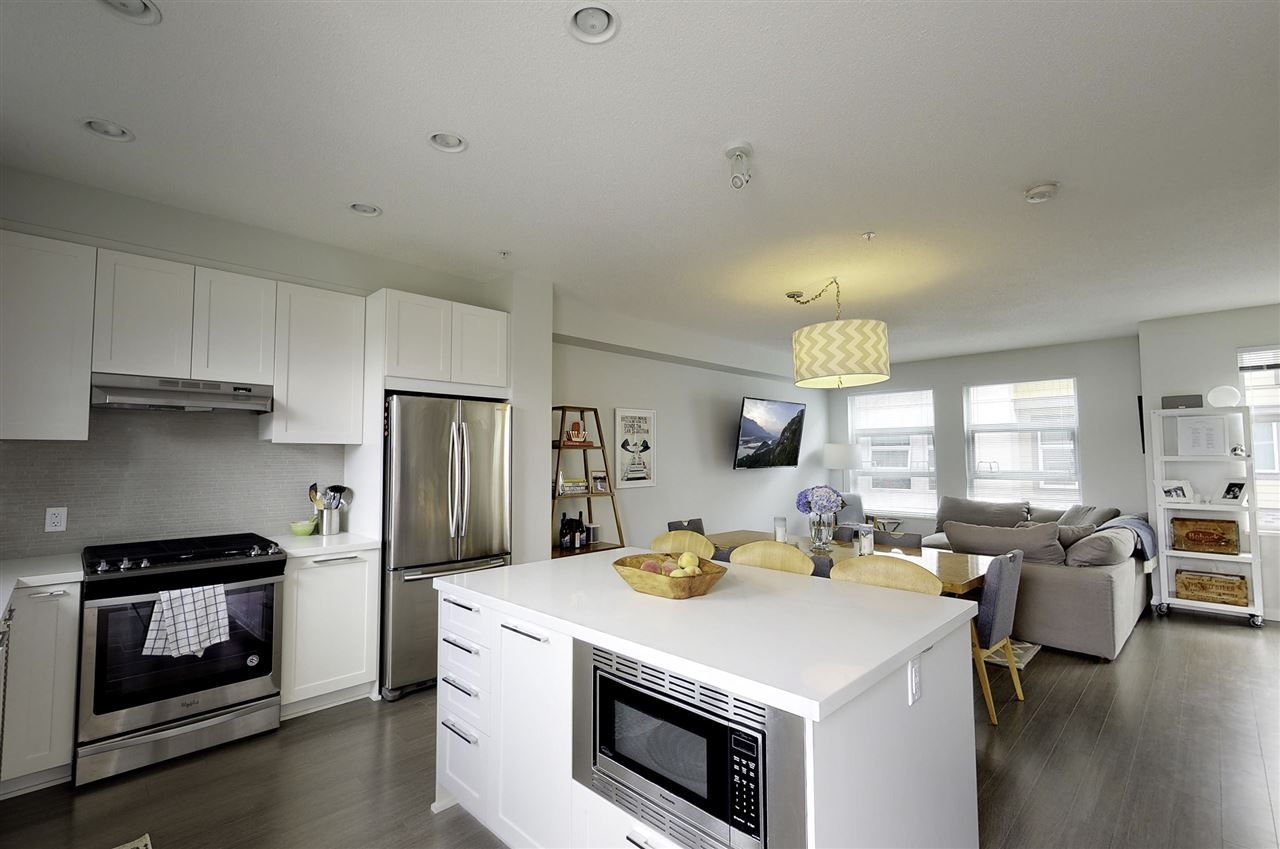 """Main Photo: 19 39548 LOGGERS Lane in Squamish: Brennan Center Townhouse for sale in """"SEVEN PEAKS"""" : MLS®# R2408613"""