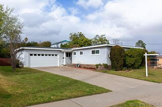 Photo 2: SERRA MESA House for sale : 3 bedrooms : 8928 Geraldine Ave in San Diego