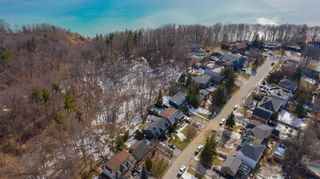 Photo 8: 1 Fenwood Heights in Toronto: Cliffcrest House (Bungalow-Raised) for sale (Toronto E08)  : MLS®# E5154214