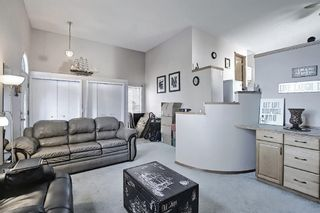 Photo 2: 52 Covington Court NE in Calgary: Coventry Hills Detached for sale : MLS®# A1078861