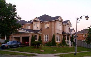 Main Photo: 19 Duggan Avenue in Whitby: Brooklin House (2-Storey) for sale : MLS®# E2889335
