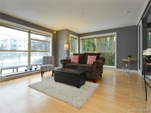 Photo 10: Photos: 201 1155 Yates St in VICTORIA: Vi Downtown Condo for sale (Victoria)  : MLS®# 750454