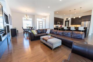 Photo 11: 148 Autumnview Drive in Winnipeg: South Pointe Residential for sale (1R)  : MLS®# 202109065
