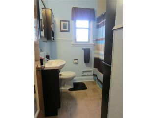 Photo 8: 797 Machray Avenue in WINNIPEG: North End Residential for sale (North West Winnipeg)  : MLS®# 1221020