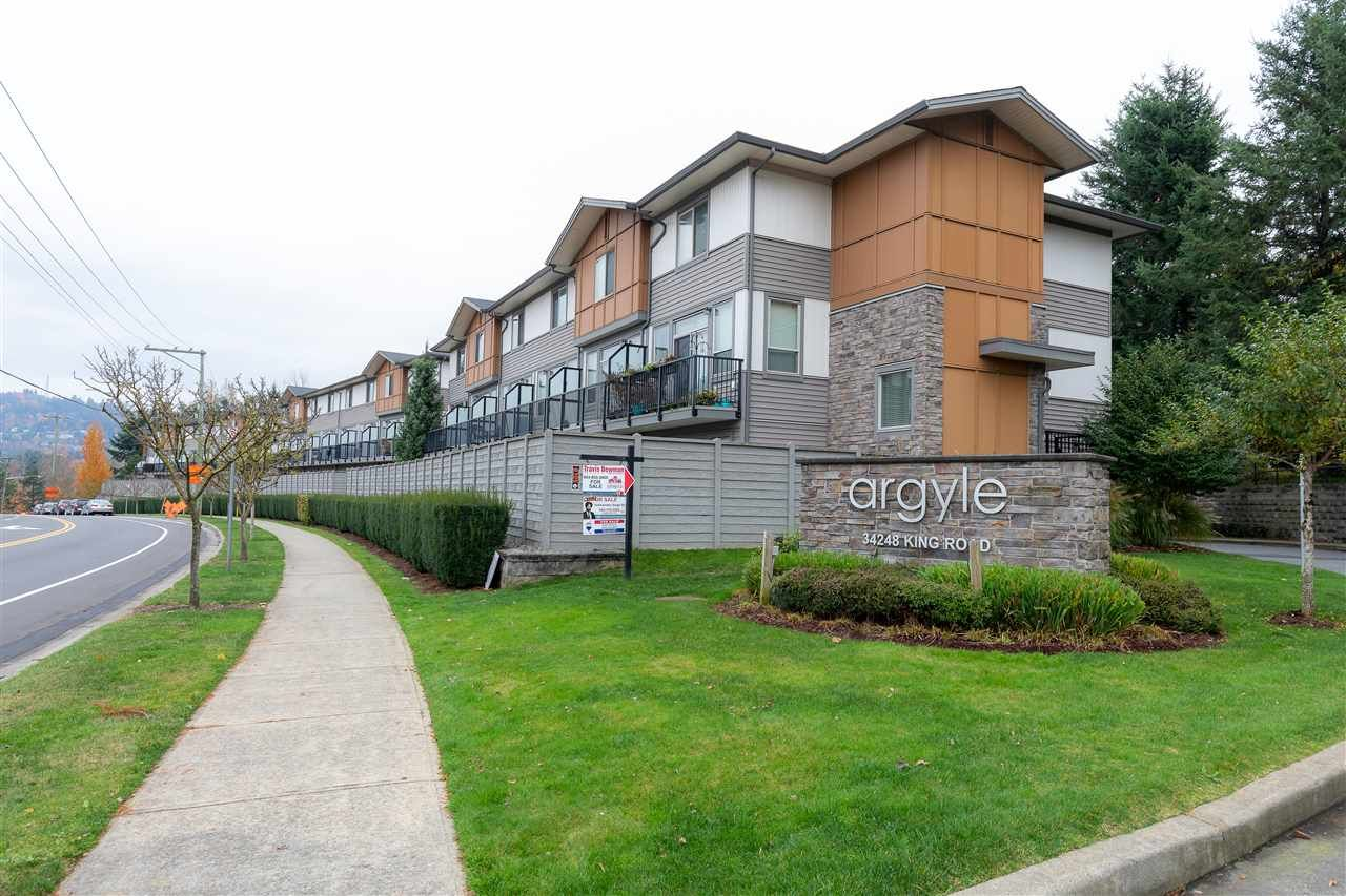 "Main Photo: 88 34248 KING Road in Abbotsford: Poplar Townhouse for sale in ""Argyle"" : MLS®# R2415451"