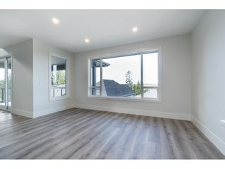 """Photo 10: 40 4295 OLD CLAYBURN Road in Abbotsford: Abbotsford East House for sale in """"Sunspring Estates"""" : MLS®# R2448385"""