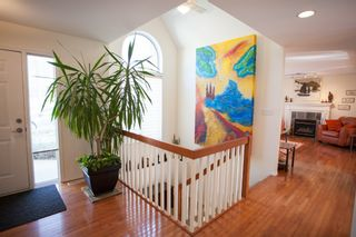 Photo 4: SOLD: Single Family Detached for sale