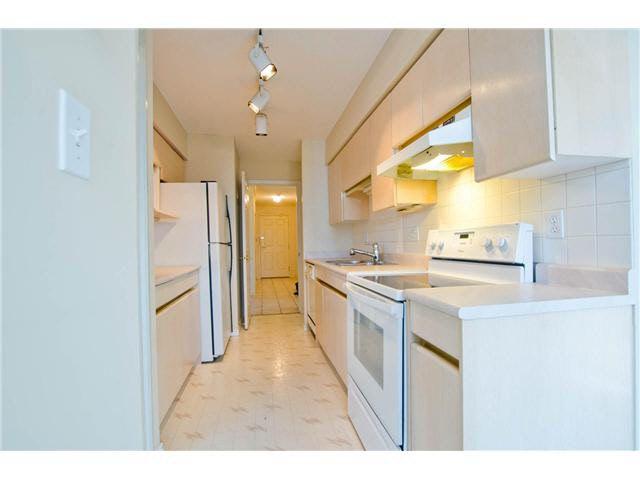 "Photo 8: Photos: 602 15038 101ST Avenue in Surrey: Guildford Condo for sale in ""GUILDFORD MARQUIS"" (North Surrey)  : MLS®# F1430630"