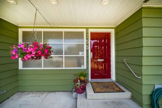 """Photo 2: 8755 CREST Drive in Burnaby: The Crest House for sale in """"Cariboo-Cumberland"""" (Burnaby East)  : MLS®# R2396687"""