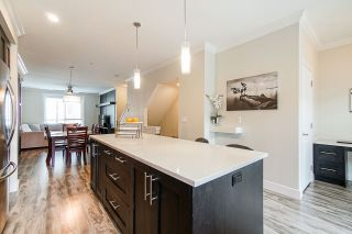 """Photo 6: 40 19913 70 Avenue in Langley: Willoughby Heights Townhouse for sale in """"Brooks"""" : MLS®# R2421609"""