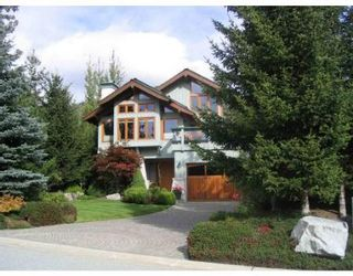 Main Photo: 8429 GOLDEN BEAR PL in Whistler: House for sale : MLS®# V678363