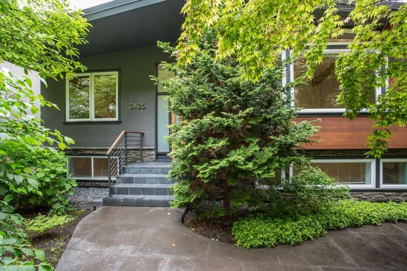 Main Photo: 2425 W 13TH Avenue in Vancouver: Kitsilano House for sale (Vancouver West)  : MLS®# R2584284