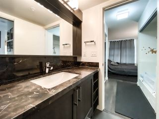 """Photo 8: 515 5598 ORMIDALE Street in Vancouver: Collingwood VE Condo for sale in """"wall centre central park"""" (Vancouver East)  : MLS®# R2560362"""